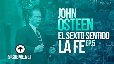 John Osteen predicando en Lakewood Church